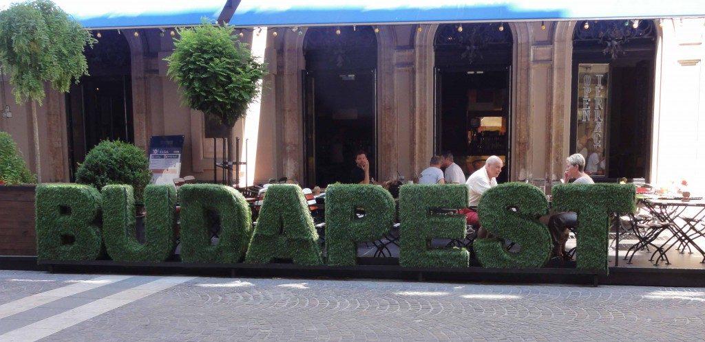 Du kan se denne hæk klippet efter bynavnet på din ferie i Budapest