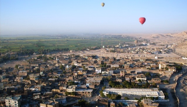 Ballongynge over Luxor