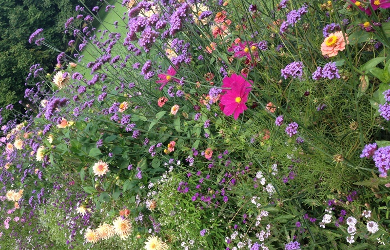 Hellbrunns have er overdådig