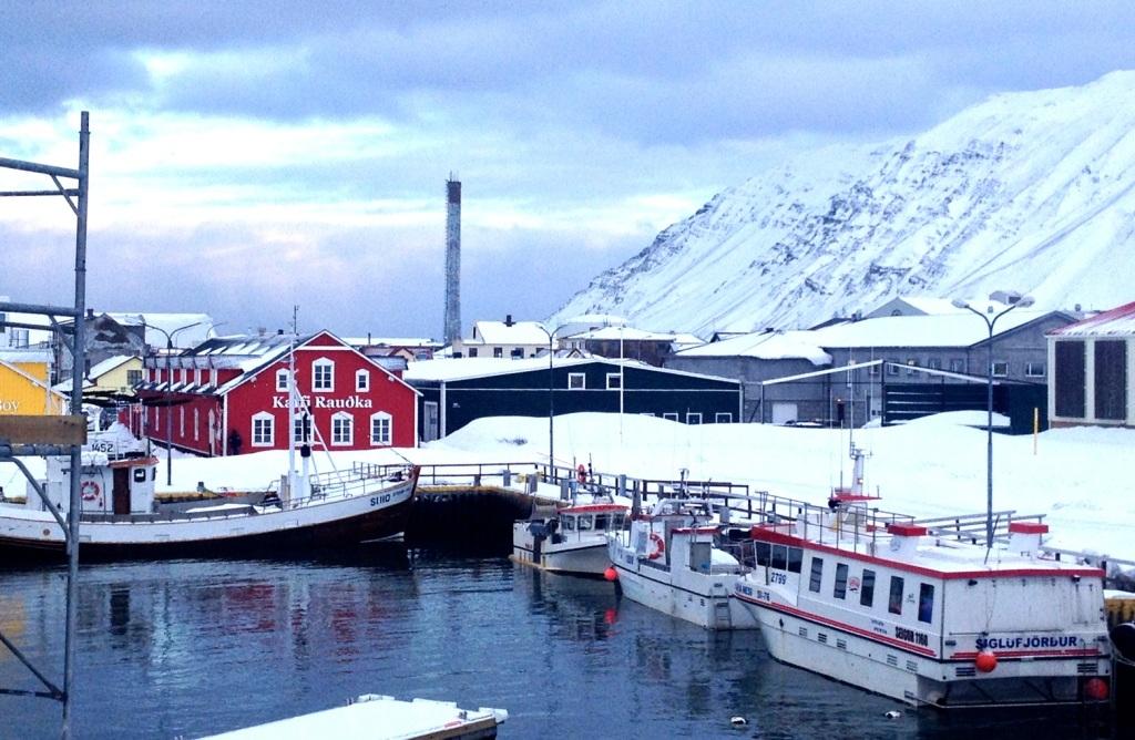 Siglufjörður, en by i Island