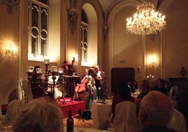 Ferie i Salzburg: Her Mozart Dinner Concert