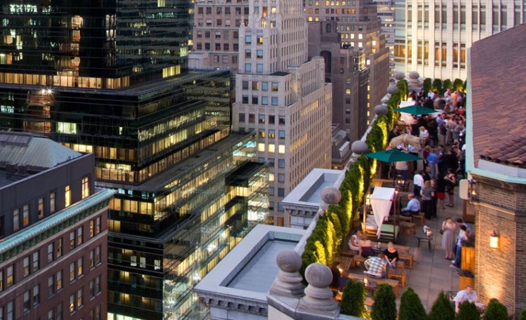 Rooftop bar i New York