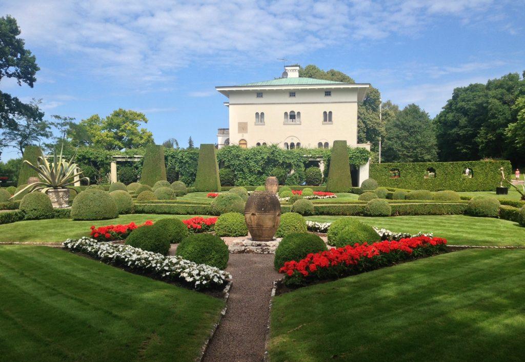 Sollidens Slott på Öland, set fra haven