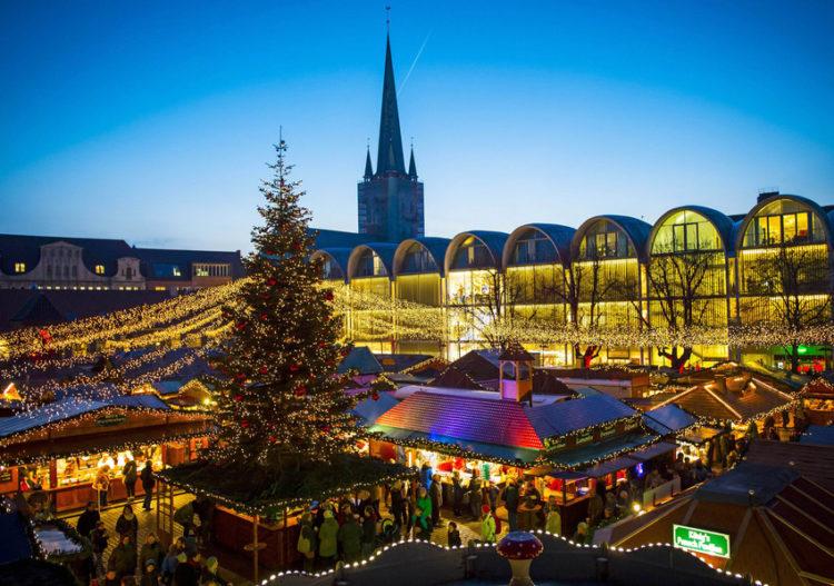 Julemarked i Lübeck på Rådhuspladsen