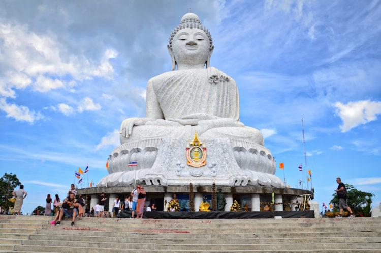 Den store Buddha-figur på øen Phuket