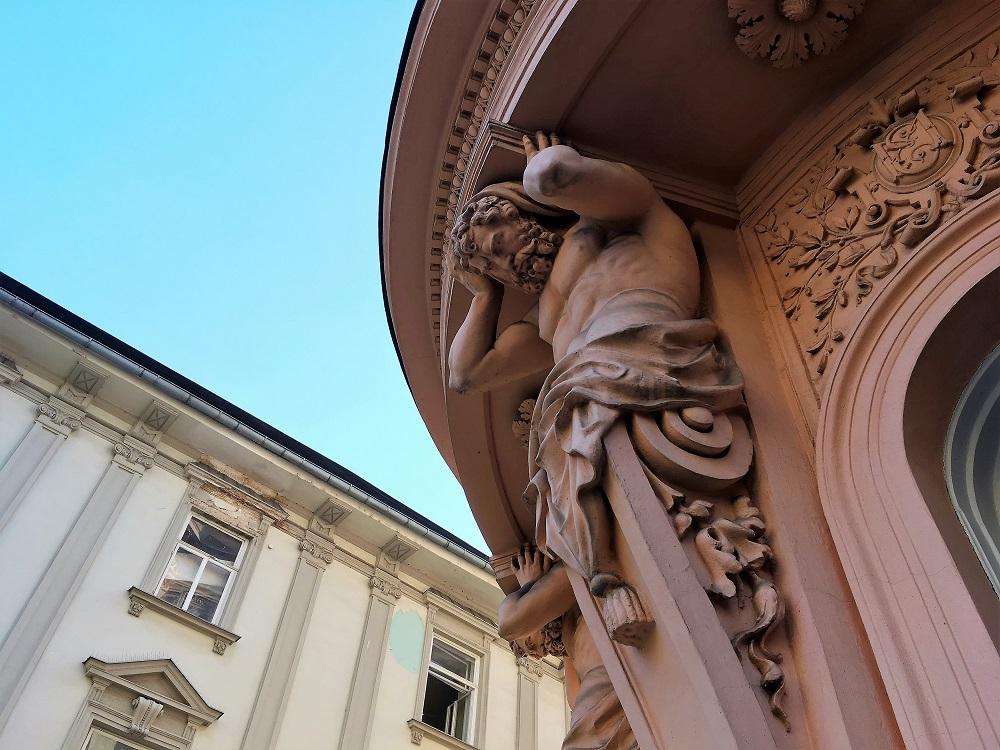 Detalje fra bygning i Olomouc
