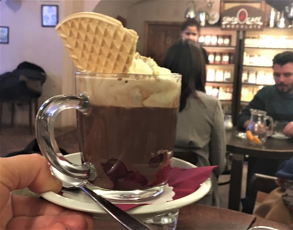 Varm chokolade i glas