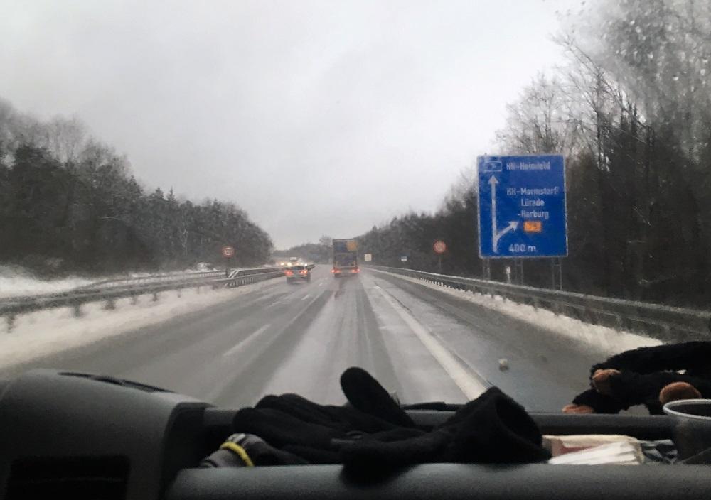Snevejr på tysk motorvej
